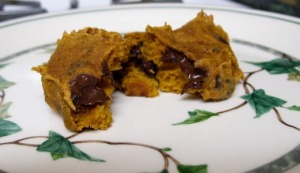 pumpkin cookies on my mom's ivy plates
