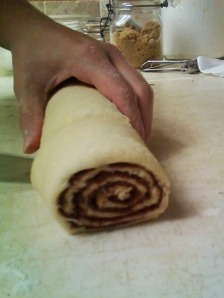 the nutella cin roll from the inside